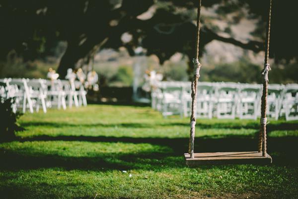 swing representing emptiness